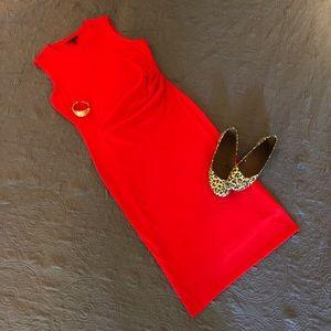 Banana Republic sleeveless ruched dress Sz M, Red